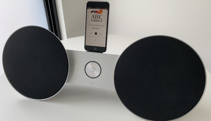 Black01 Bang & Olufsen ears (for Apple devices)